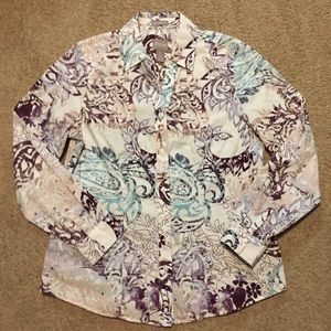 Chico's 0 Wrinkle resistant long sleeve blouse